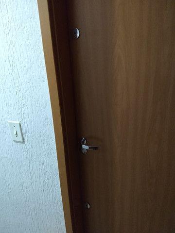 Vendo apartamento semimobiliado térreo 2 quartos - Foto 10