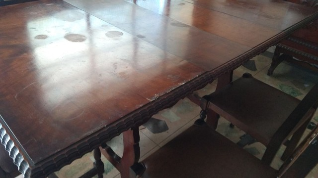 Mesa antiga em madeira nobre - somente a mesa - Foto 2