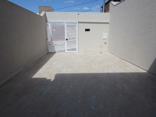 BELO HORIZONTE - Casa Padrão - Santa Mônica - Foto 15