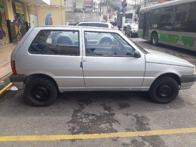 Fiat Uno Mille Economy em ótimo estado  - Foto 2