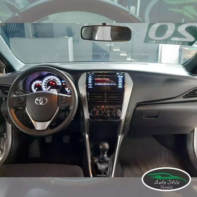 Toyota Yaris live Prata  2019/2020 Completo  - Foto 5