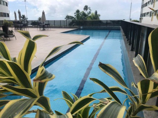 Apto frente mar no hotel 4 estrela na praia da Boa Viagem - Foto 9