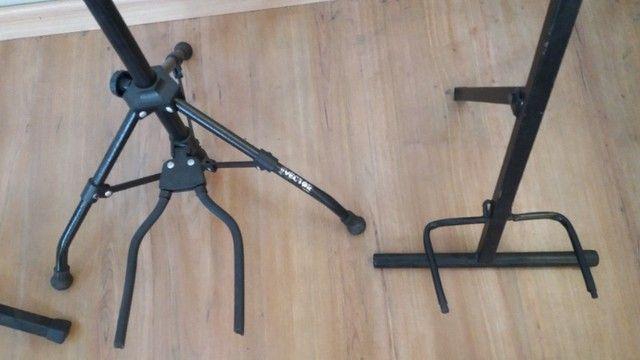 Suporte de chão para instrumentos musicais  - Foto 3