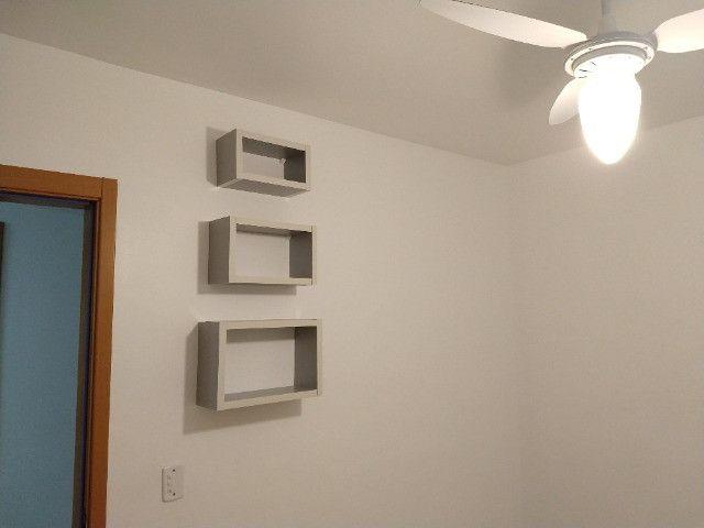 Vendo apartamento semimobiliado térreo 2 quartos - Foto 2