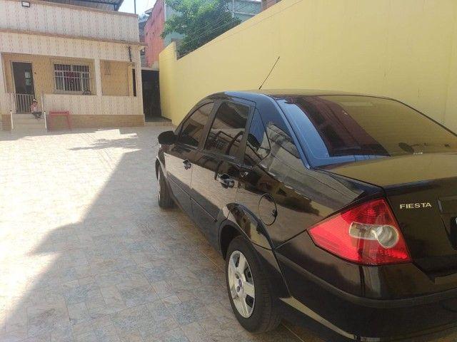 Fiesta sedan 2010 - Foto 2