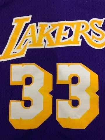 Camisa Lakers- Retrô  - Foto 4