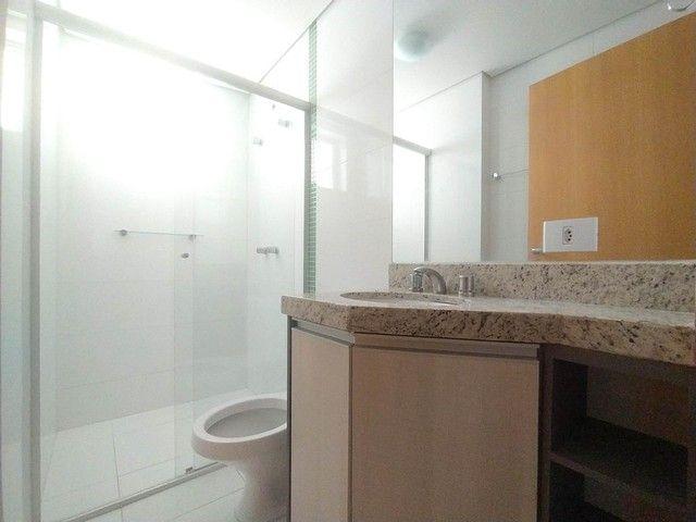 Locação   Apartamento com 86.87 m², 3 dormitório(s), 2 vaga(s). Vila Cleópatra, Maringá - Foto 13