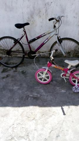 Duas bicicleta