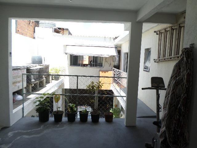 Ótima Casa 4 Dormitórios no Jardim Apurá - Foto 13