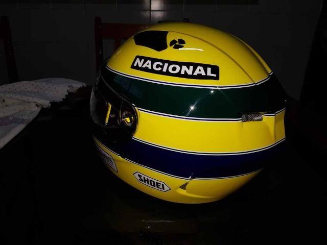 Capacete Personalizado Ayrton Senna - Novo - Sem uso - Na Caixa - Foto 9