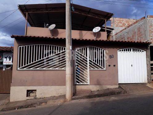 Casa à venda com 3 dormitórios em Dom silvério, Congonhas cod:101