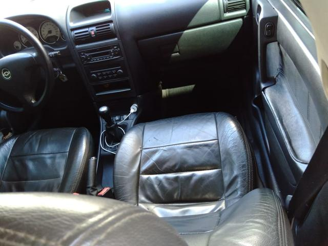 Chevrolet Astra 2011 - Foto 5