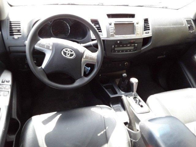 Toyota Hilux 4x4 SRV - Foto 5