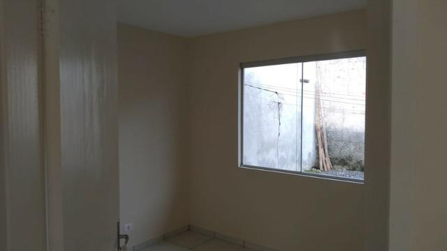 Casa com laje, 3 quartos no bairro Águas Claras a 3,5 km do Centro - Foto 9