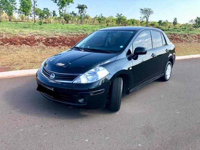 Nissan Tiida Sedan 1.8 Flex 2012
