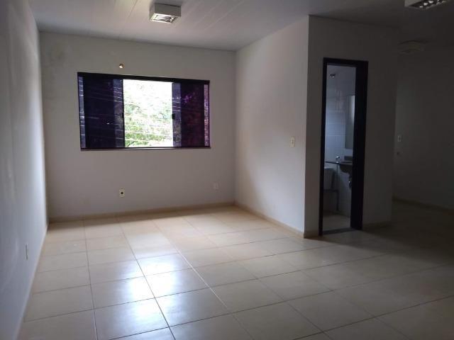 106M² distribuídos em 3 salas conjugadas com banheiros na 308 Sul (interna) - Foto 6