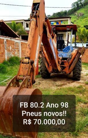 Retroescavadeira fb 80.2 pneus novos