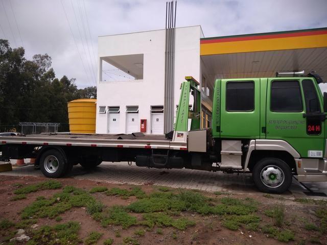 Caminhão plataforma guincho - Foto 2