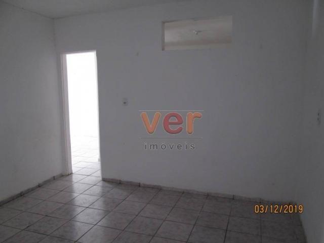 Apartamento para alugar, 50 m² por R$ 550,00/mês - Benfica - Fortaleza/CE - Foto 9