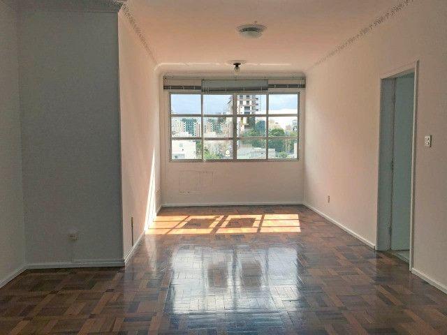 Apartamento para alugar 3 dormitórios com garagem no Centro de Florianópolis - Foto 3