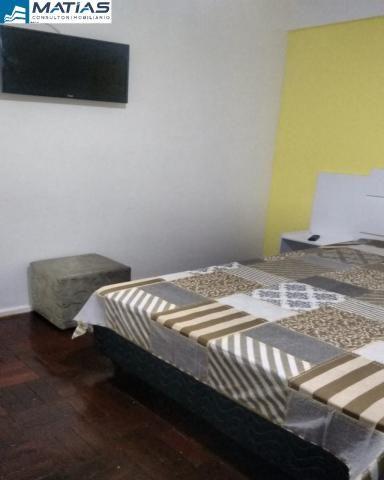 Quarto/Sala REFORMADO e MOBILIADO com 1 vaga no Centro de Guarapari - Foto 4
