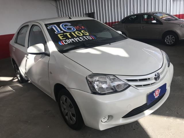 Etios x 1.5 2016 Sedan Completo - Foto 2