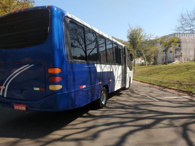 Microonibus 2002/2003 Rodoviario 28 lugares - Foto 12