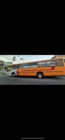 Vendo ônibus lanchonete