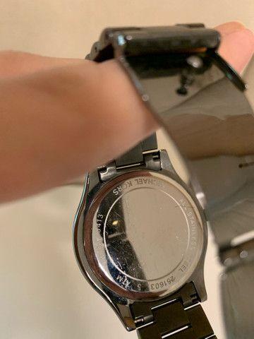 Relógio Michael Kors Cinza - Foto 5