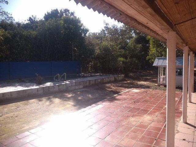 Velleda oferece sítio 3200 m², completo, casa, galpão, piscina, ac troca - Foto 15