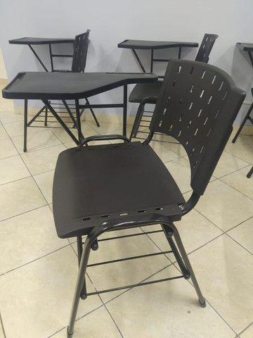 Cadeiras universitárias ISO - Foto 2
