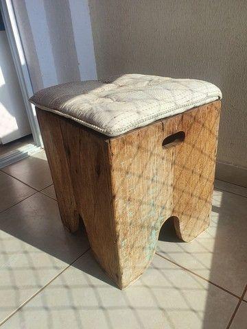 Vende-se banco/banqueta madeira rústica.