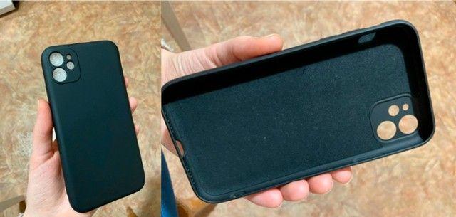 Capa (capinha) Silicone Premium iPhone 11 Proteção Câmera - Foto 5