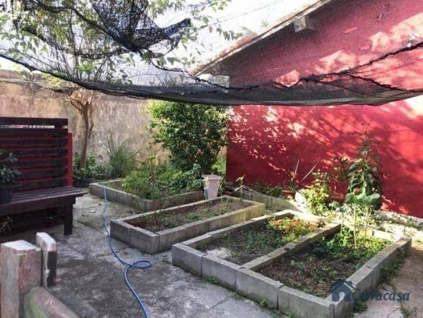 Duplex com 04 quartos  sendo 01 edícula, árvores frutíferas, vista para a lagoa. - Foto 14