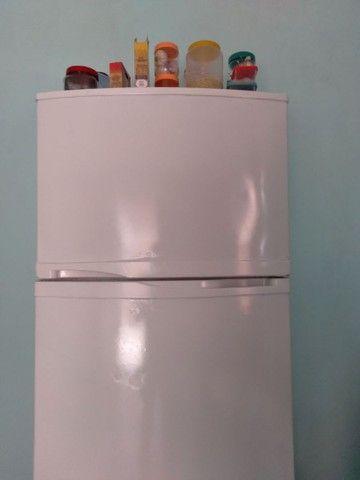 geladeira com congelador separado - Foto 2