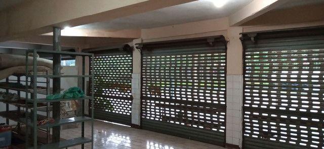 Aluga se Oficina de Eletroeletrônicos e Lojas de Acessórios E Autos