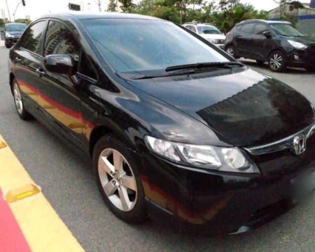C\ Leia a descrição - Honda civic LXS Aut. - Financio e Troco - Foto 3