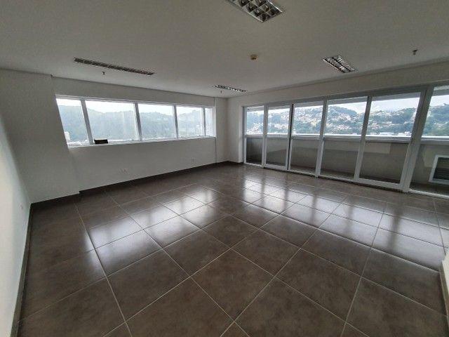Escritório para venda possui 53 metros quadrados em Vila Belmiro - Santos - SP - Foto 4