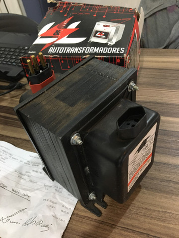 Autotransformador 220/110v