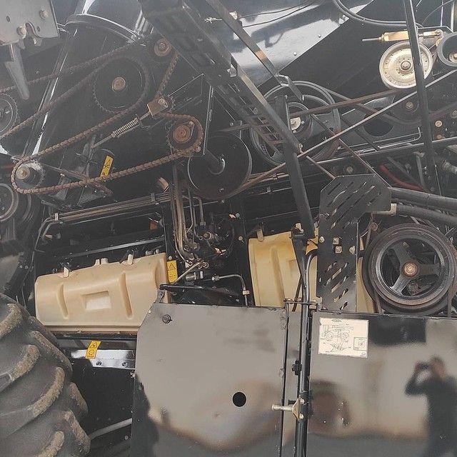 Colheitadeira CR 6080 Ano 2013 - Em até 12 safras  - Foto 6