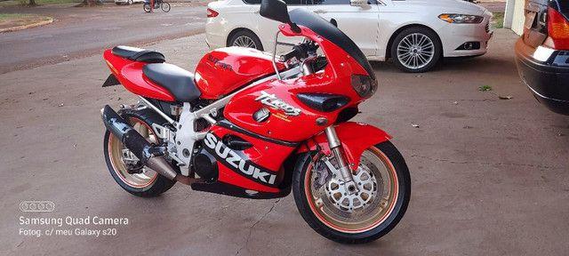 vende-se moto esportiva