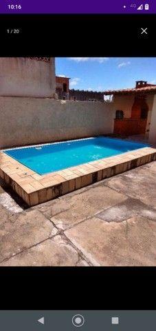 Casa com piscina em ótima localização - Foto 12