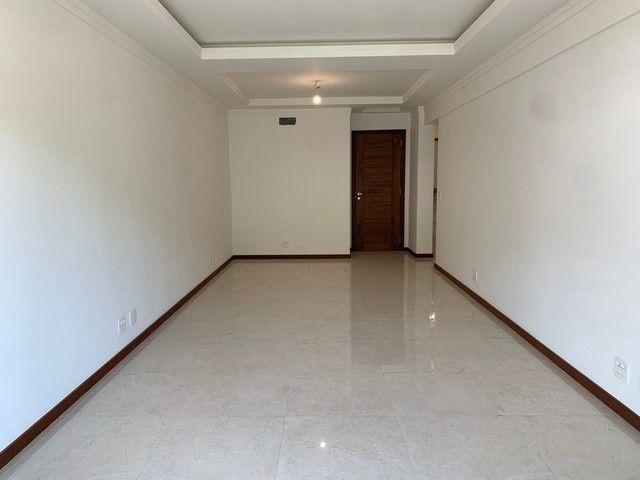 Apartamento com 3 dormitórios, 113 m², R$ 660.000 - Tijuca- Teresópolis/RJ. - Foto 2