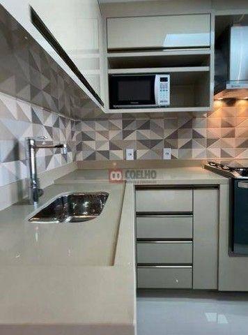 Apartamento Luxuoso Totalmente Mobiliado, 2 Quartos com Suíte em Condomínio Clube - Bairro - Foto 3