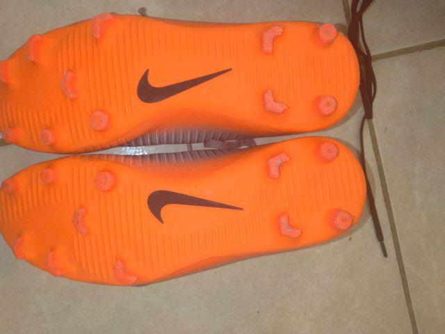 Vendo Chuteira Da Nike,n°38 original - Foto 3