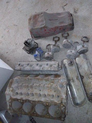 Bloco motor v8 302 com algumas peças. - Foto 3
