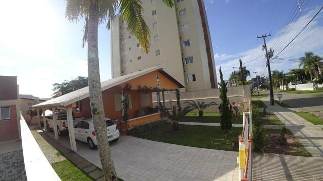 Linda Casa com Piscina a 400m da Praia Central de Guaratuba