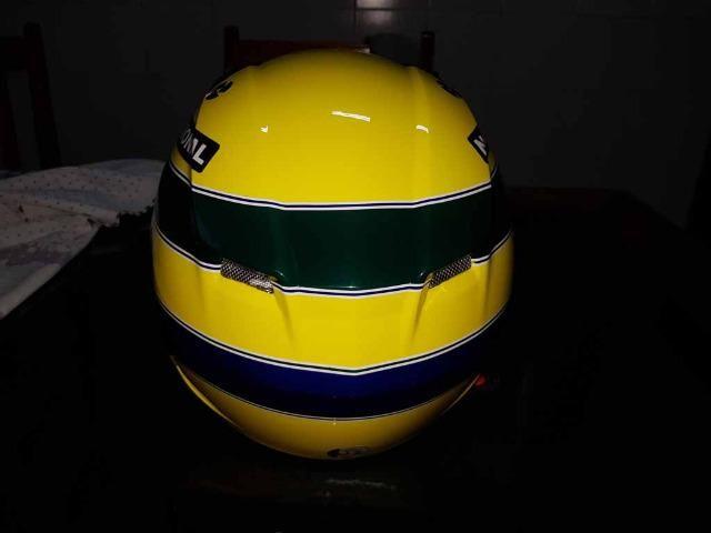 Capacete Personalizado Ayrton Senna - Novo - Sem uso - Na Caixa - Foto 12