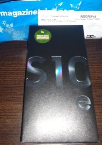 Samsung Galaxy S10e 128gb , na cor preta( lacrado) - Foto 4