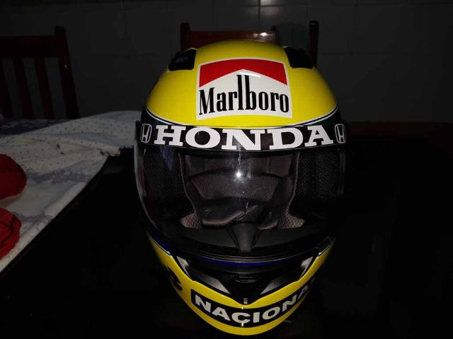 Capacete Personalizado Ayrton Senna - Novo - Sem uso - Na Caixa - Foto 5